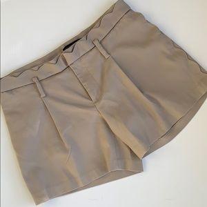 Banana Republic Pleated Khaki Scalloped Shorts 2
